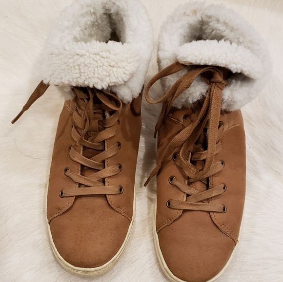 UGG Sneakers, classics Shearling, Hightops